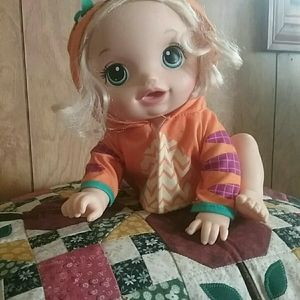 Hasbro 2018 Baby Alive Baby Go Bye Bye